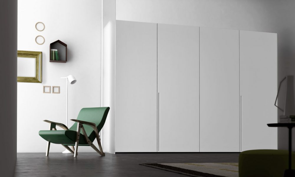 Tratto Hinged Door Wardrobe